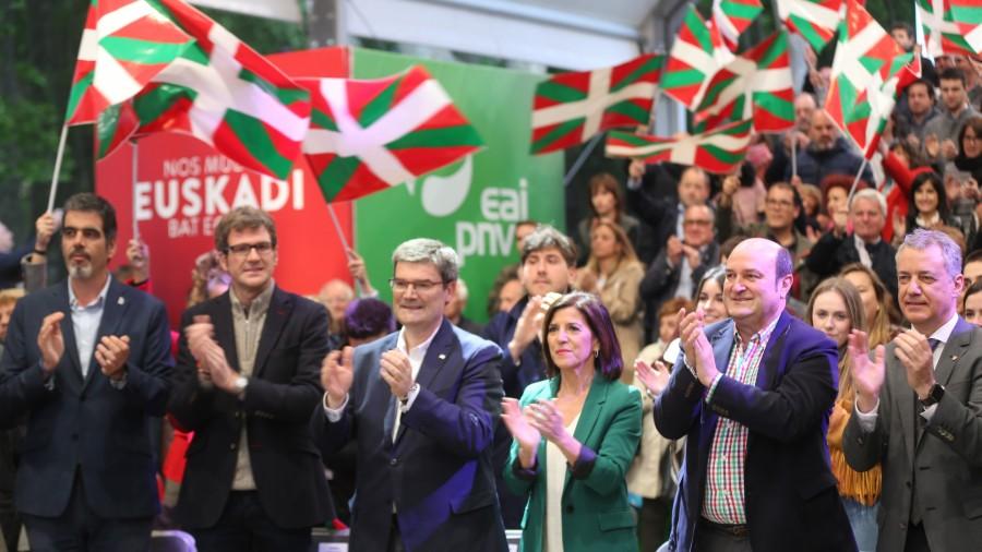 Mitin Bilbao. Izaskun Bilbao Barandica, Iñigo Urkullu, Andoni Ortuzar