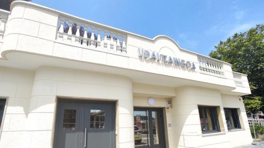 Zumaiako EAJ-PNV-ren komunikatua, Udaltzaingoko agente baten aurka egindako pintaketak gaitzesteko
